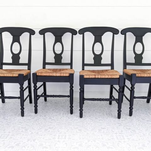 painting wood chairs black