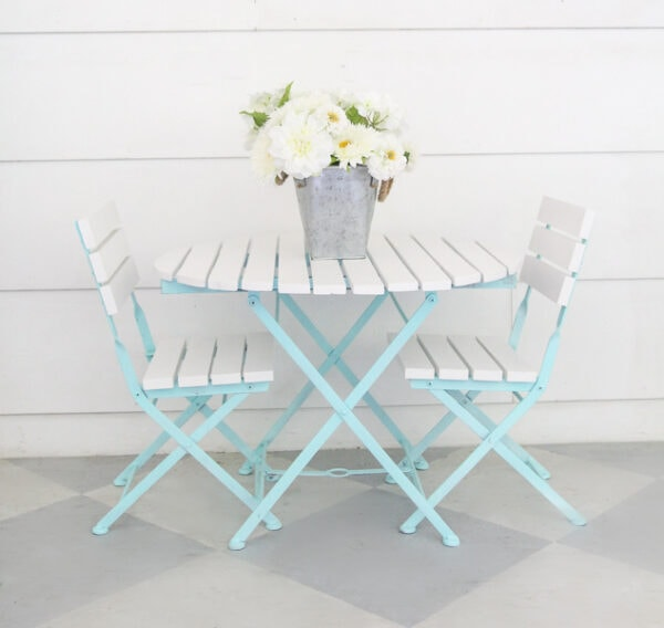 small patio table and chairs painted aqua and white.