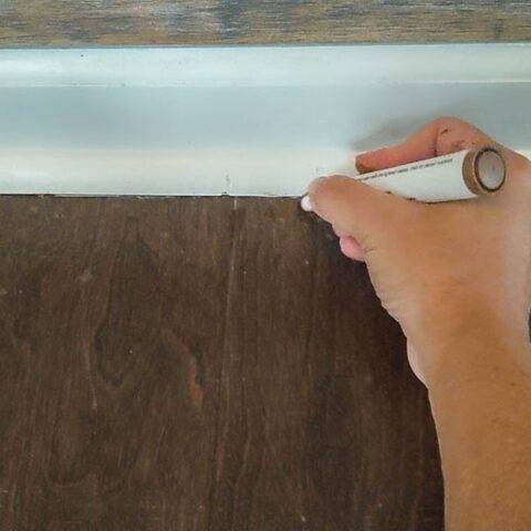 showing how to fix scratches on wood floor