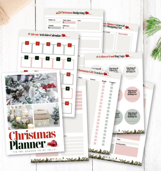 sample pages from free Christmas planner.